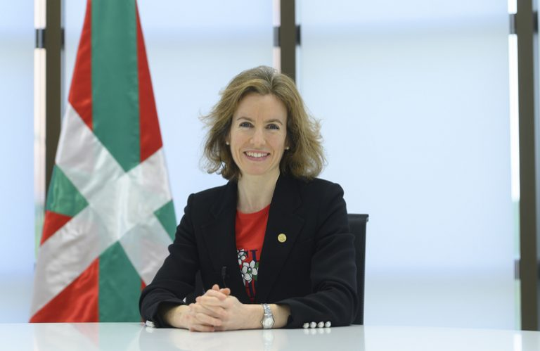 Sonia Pérez sailburuari elkarrizketa