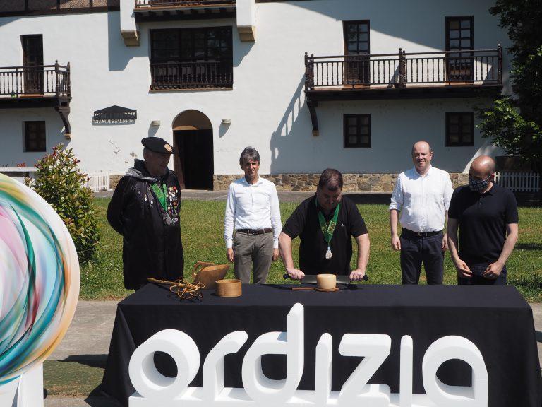 Ordizia ha celebrado la presentación y corte del nuevo queso Idiazabal de 2020