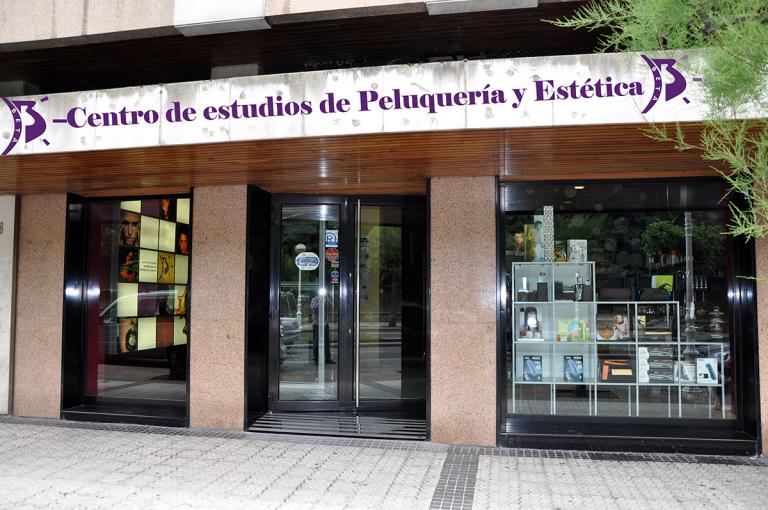 El centro de Estudios de Peluquería y Estética BETA cumple 30 años y reabre tras el  Covid-19