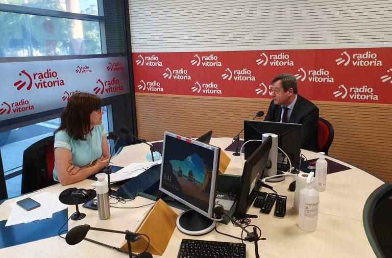 El consejero Bingen Zupiria ha destacado en Radio Vitoria la necesidad de «impulsar la actividad cultural, siempre cumpliendo las medidas de seguridad»